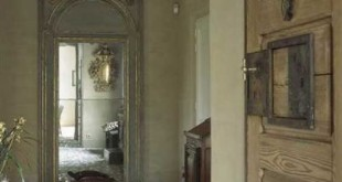 De inkomhal en voordeur